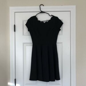 😍Classic pleated black dress